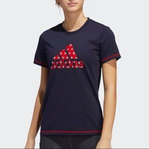 Adidas navy and red Americana t-shirt size M